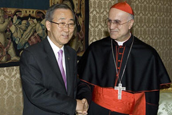 UN Secretary-General Ban Ki-moon meets with Cardinal Tarcisio Bertone, Secretary of State of the Holy See  - Copyright  UN Photo/Eskinder Debebe